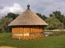 Luxe tuinhuis met rieten dak en schoorsteen